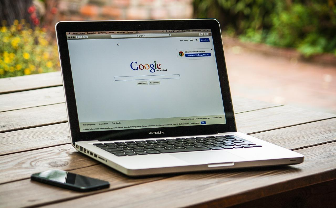 Doing a simple google search for keywords is an easy DIY SEO hack for bloggers